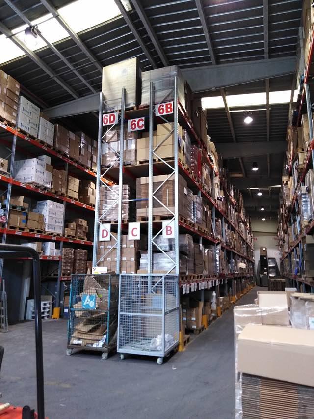 instalaciones almacén empresa