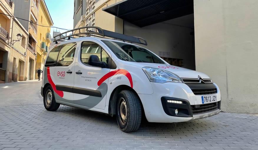 furgoneta EVSA con la nueva imagen